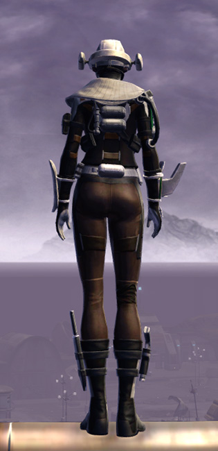 Advanced Slicer Armor Set player-view from Star Wars: The Old Republic.
