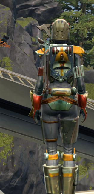 Apex Predator Armor Set player-view from Star Wars: The Old Republic.