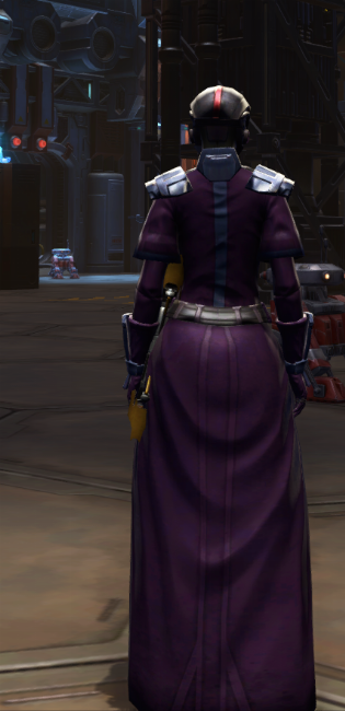 Citadel Pummeler Armor Set player-view from Star Wars: The Old Republic.