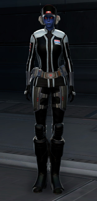 Covert Cipher Armor Set Outfit from Star Wars: The Old Republic.