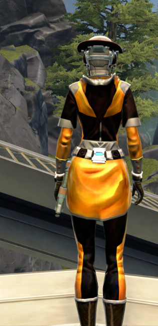 Culling Blade Armor Set player-view from Star Wars: The Old Republic.