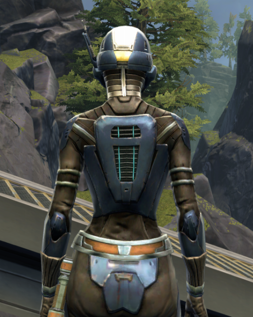 Flawless Riposte Armor Set Back from Star Wars: The Old Republic.