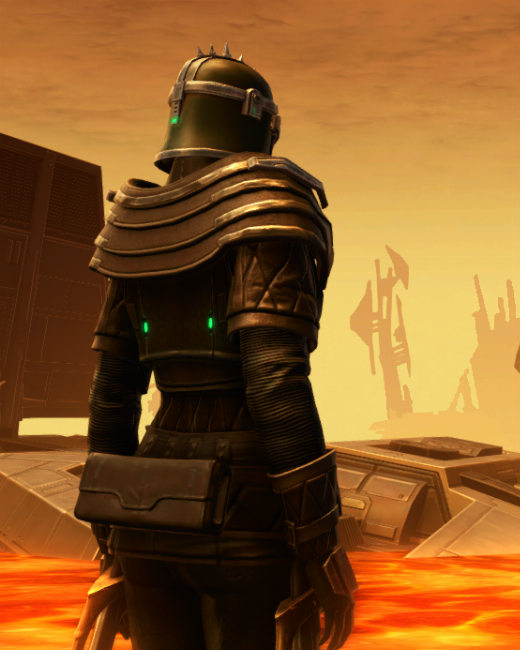Forgemaster Armor Set Back from Star Wars: The Old Republic.
