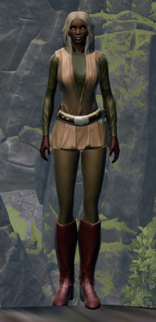 Humble Hero Armor Set Outfit from Star Wars: The Old Republic.