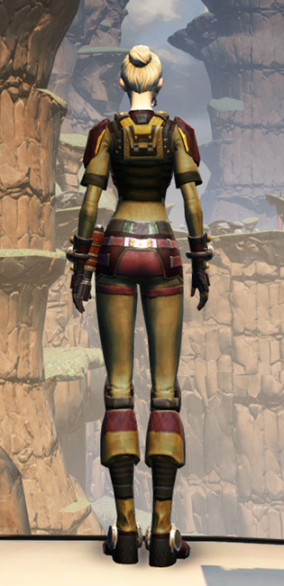 Hutt Cartel Armor Set player-view from Star Wars: The Old Republic.