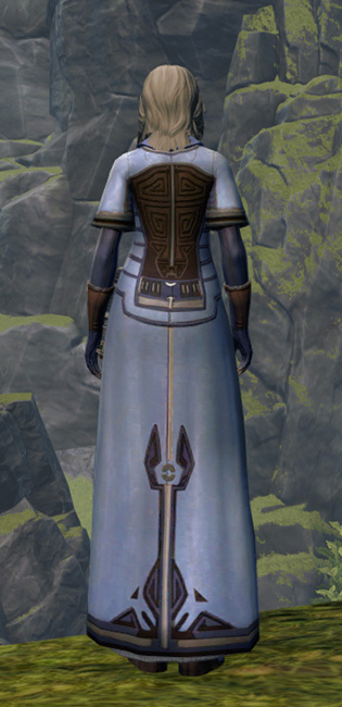 Matriarchal Armor Set player-view from Star Wars: The Old Republic.