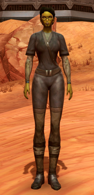 Padded Armor Set Outfit from Star Wars: The Old Republic.