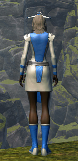 Regal Apparel Armor Set player-view from Star Wars: The Old Republic.