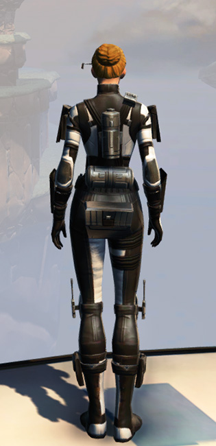 Remnant Dreadguard Agent Armor Set player-view from Star Wars: The Old Republic.