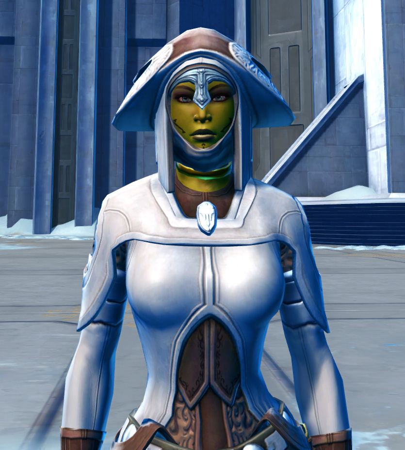 Saava Force Expert Armor Set from Star Wars: The Old Republic.