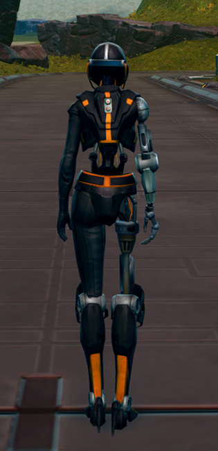 Series 512 Cybernetic Armor Set player-view from Star Wars: The Old Republic.