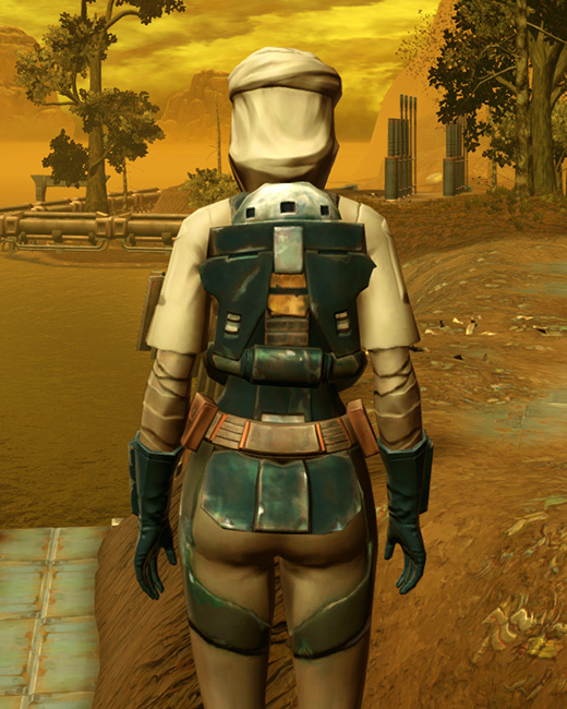 Trainee Armor Set Back from Star Wars: The Old Republic.