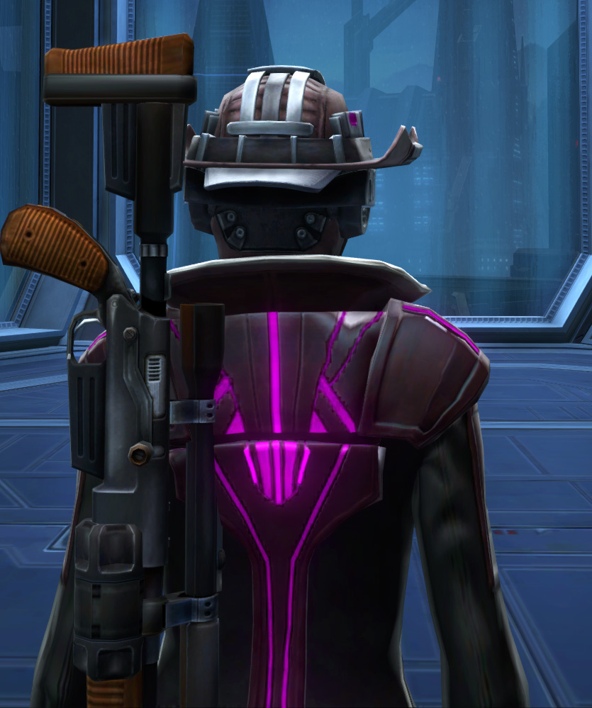 Voltaic Vandal Armor Set detailed back view from Star Wars: The Old Republic.
