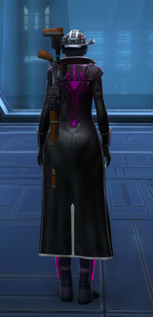 Voltaic Vandal Armor Set player-view from Star Wars: The Old Republic.