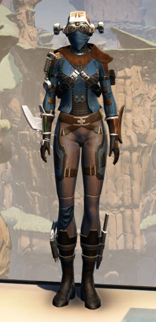 War Hero Field Tech Armor Set Outfit from Star Wars: The Old Republic.