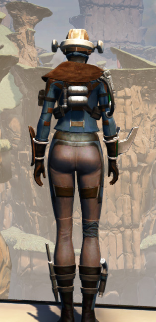 War Hero Field Tech Armor Set player-view from Star Wars: The Old Republic.