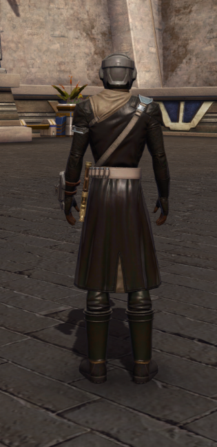 Wayward Voyager Armor Set player-view from Star Wars: The Old Republic.